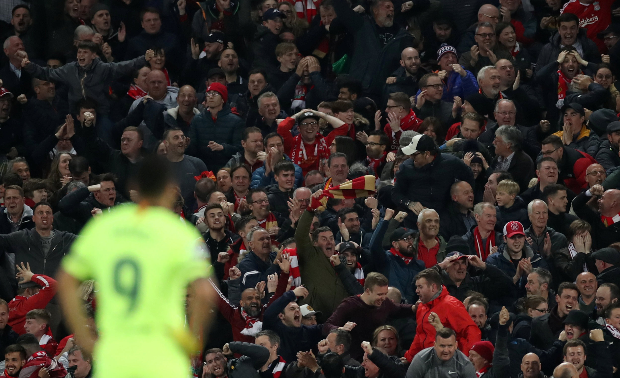 Suarez admits 'weeks of suffering' at home following Barcelona's defeat at Anfield