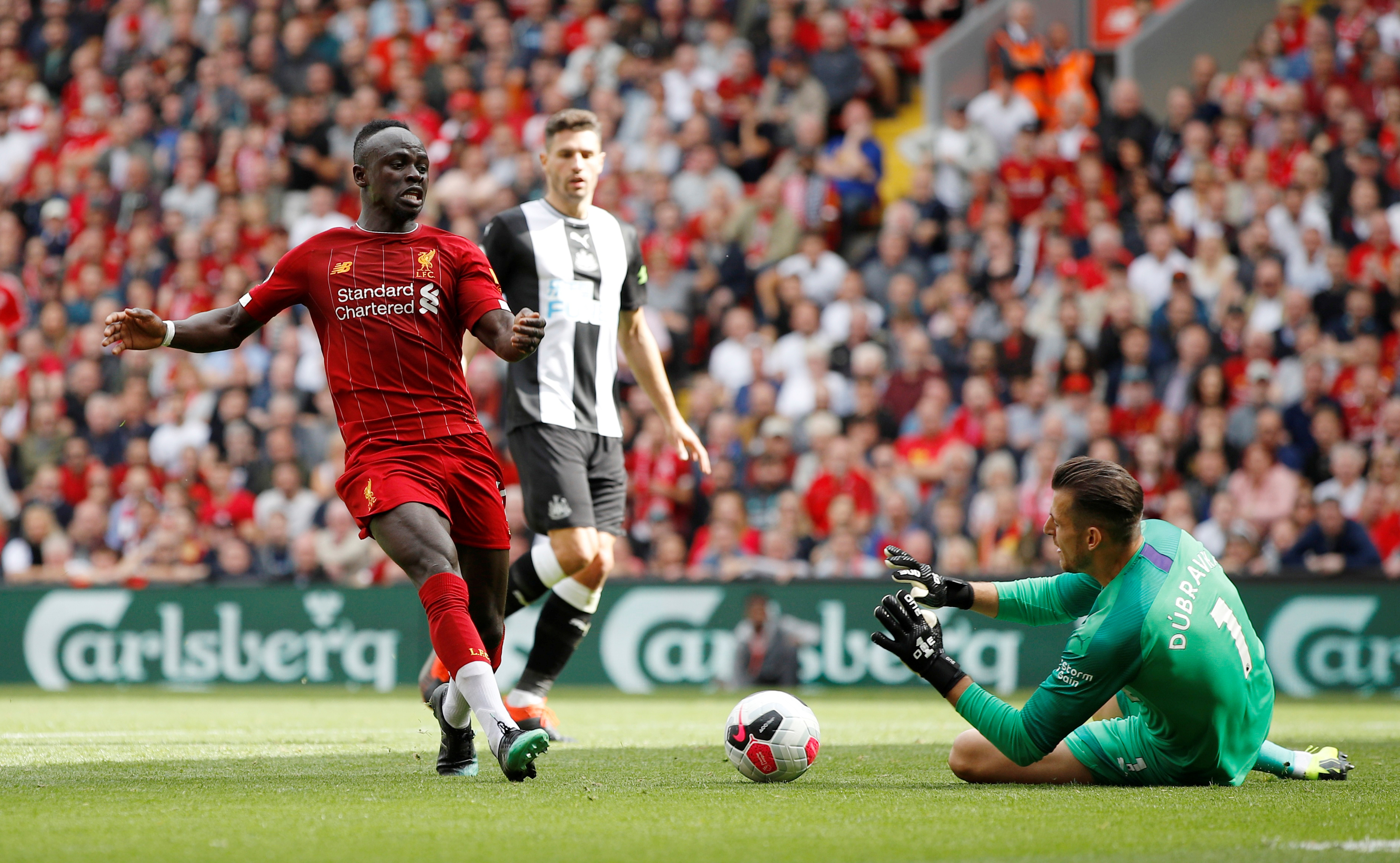 Sadio Mane sets three unique Premier League records