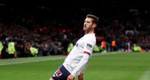 Liverpool to offer Lallana new contract